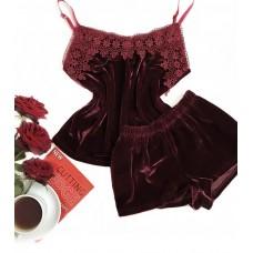 Велюровая пижама бордо майка и шорты