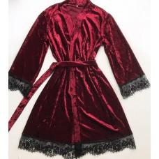 Женский велюровый халат бордовый