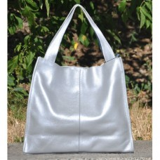 Кожаная женская сумка Mesho серебряная